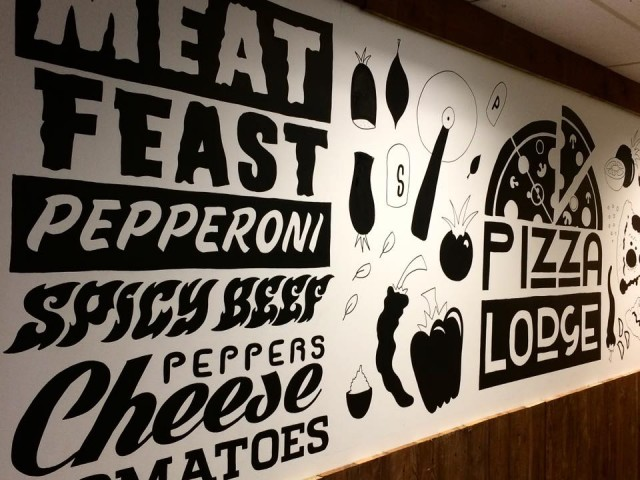 Pizza Lodge mural